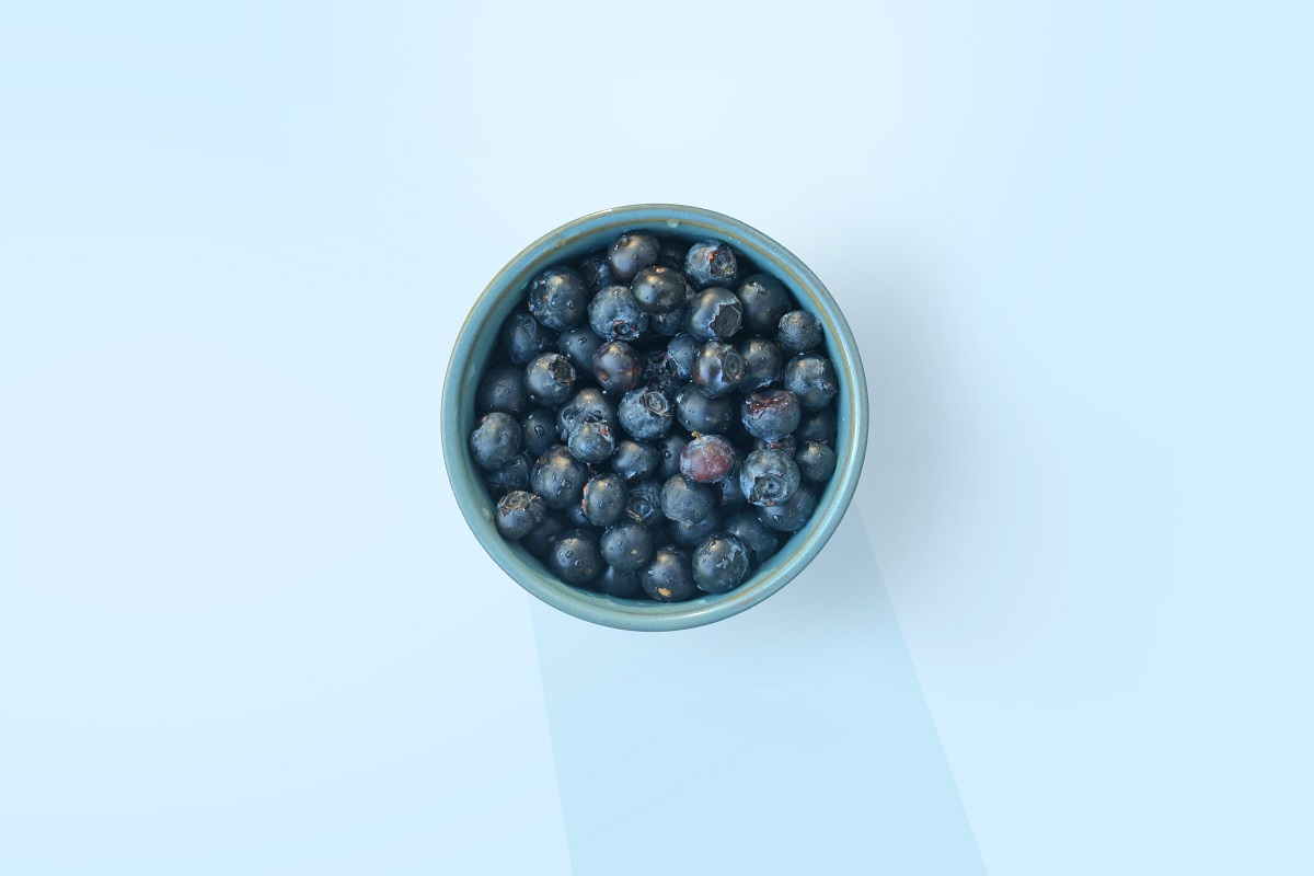 LOOV Nordic Wild Blueberries have darker skin, therefore they are higher in anthocyanin