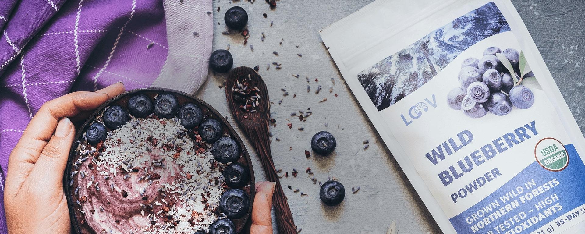 LOOV blueberry nice cream smoothie bowl